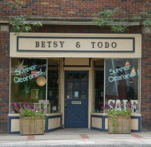 Betsy & Todo