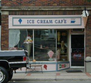 Ice Cream Caf?